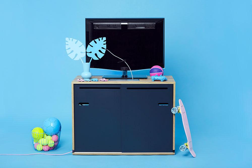 rangement-cable-meubble-salon-industriel-maison-geek