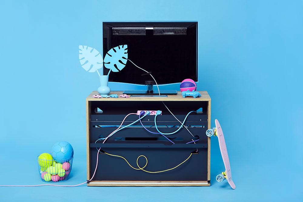 rangement-cable-poussiere-protection-console